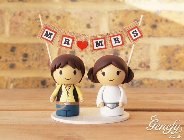 The Most Geektastic Wedding Cake Toppers of All Time [Pics]
