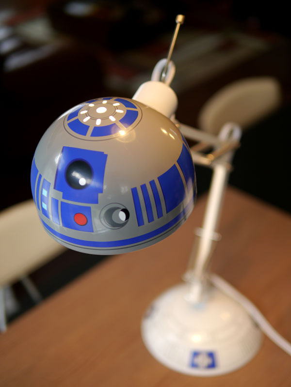 Nice R2 D2 Lamp 3