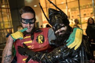Robin and Batman - Montreal Comiccon 2016 - Photo by Geeks are Sexy