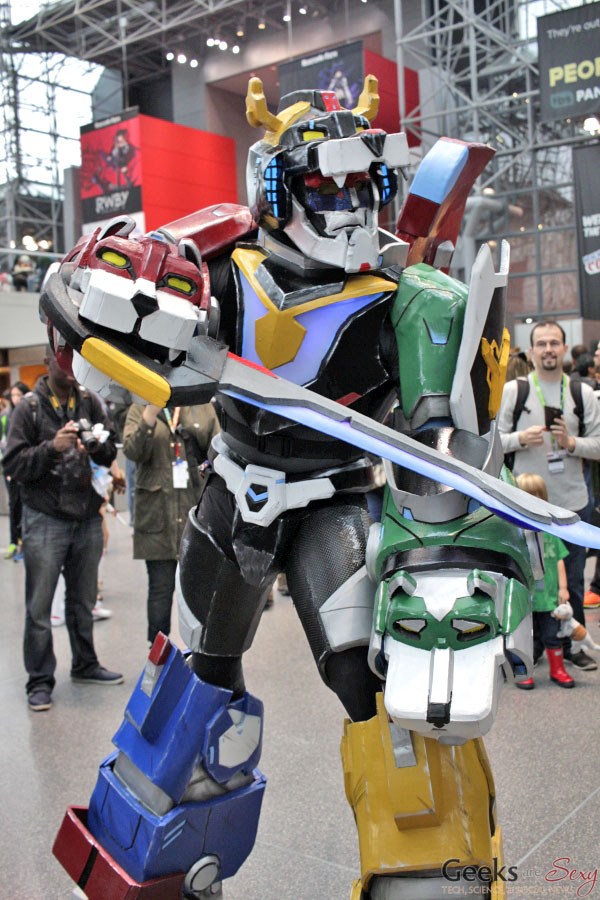 Voltron - New York Comic Con 2016 - Photo by Geeks are Sexy