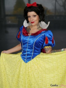 Snow White - Quebec City Comiccon 2016 - Photo by Geeks are Sexy