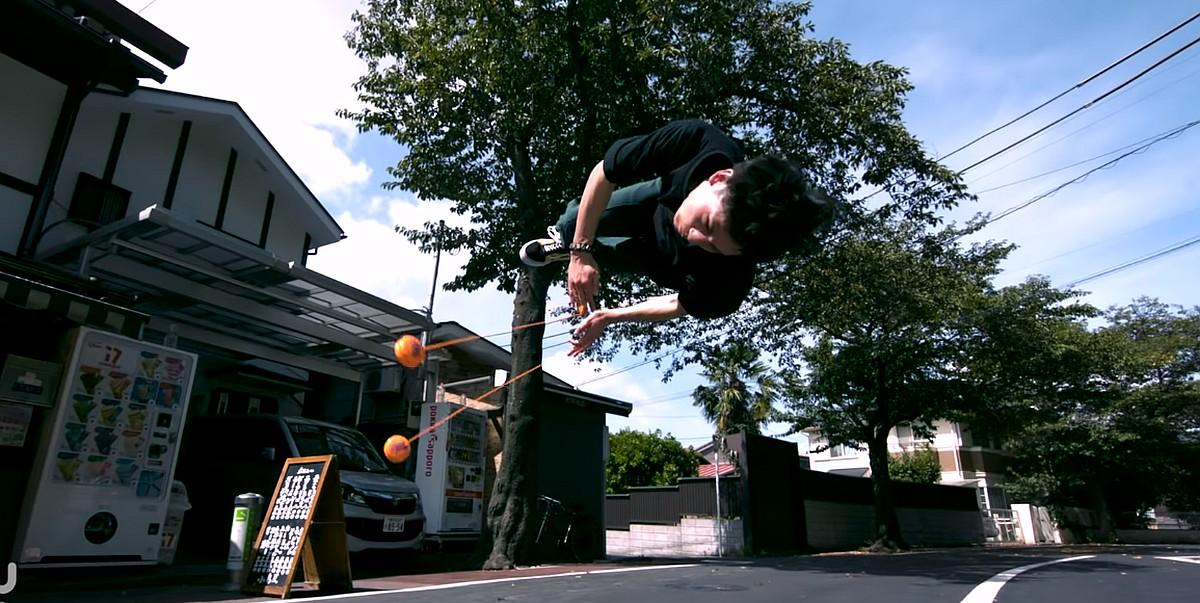 Yoyo Ninja: Amazing Yoyo Tricks You've Never Seen Before [Video]