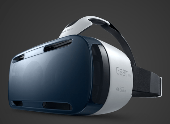 Samsung Galaxy Note 4 paired with Gear VR virtual reality technology