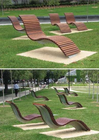 Cantilevered bench seats at University of Sydney, Australia.