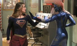 """Solitude"" -- Kara (Melissa Benoist, left) travels to Superman's Fortress of Solitude in hopes of learning how to defeat Indigo (Laura Vandervoort, right), a dangerous being who can transport via the Internet and who has a connection to Kara's past, on SUPERGIRL, Monday, Feb. 29 (8:00-9:00 PM, ET/PT) on the CBS Television Network. Photo: Michael Yarish/CBS ©2016 CBS Broadcasting, Inc. All Rights Reserved"