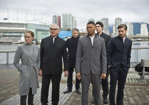 "DC's Legends of Tomorrow -- ""Progeny"" -- Image LGN110b_0035b.jpg -- Pictured (L-R): Caity Lotz as Sara Lance/White Canary, Victor Garber as Professor Martin Stein, Wentworth Miller as Leonard Snart/Captain Cold, Franz Drameh as Jefferson ""Jax"" Jackson, Brandon Routh as Ray Palmer/Atom and Arthur Darvill as Rip Hunter -- Photo: Diyah Pera/The CW -- © 2016 The CW Network, LLC. All Rights Reserved"