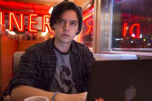 "Riverdale -- ""Pilot"" -- Image Number: RVD101g_0362.jpg -- Pictured: Cole Sprouse as Jughead -- Photo: Katie Yu/The CW -- © 2016 The CW Network. All Rights Reserved."