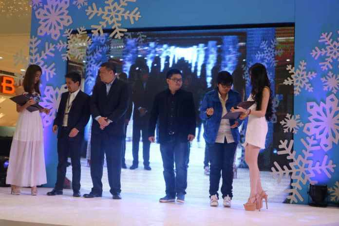 Contract signing ceremony for partnership of Vivo and SM Supermalls