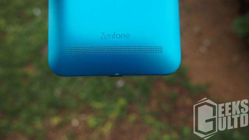 The speaker grill on the Zenfone GO ZB551L