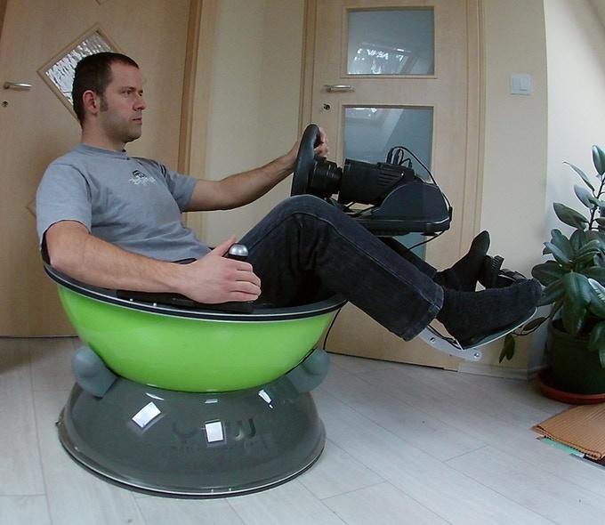 Yaw VR Compact Portable Motion Simulator Kickstarter