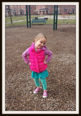 POD: Violet Poses for Mommy