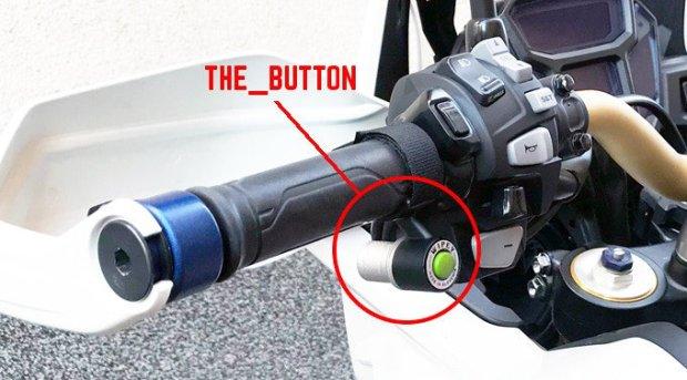 WiPEY helmet wiper for bikers