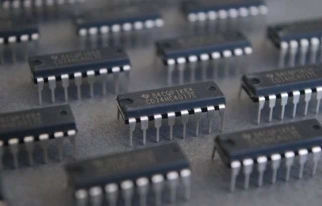 CD4017 Decade binary clock kit