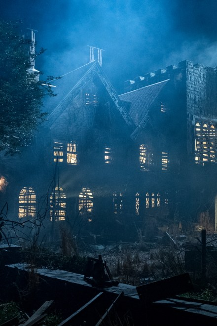 [Review] Netflix's Haunting of Hill House literally made me pee my pants
