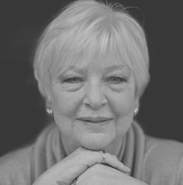#30DaysOfThanks2017 Day 29 Narrator: Helen Lloyd #LoveAudiobooks