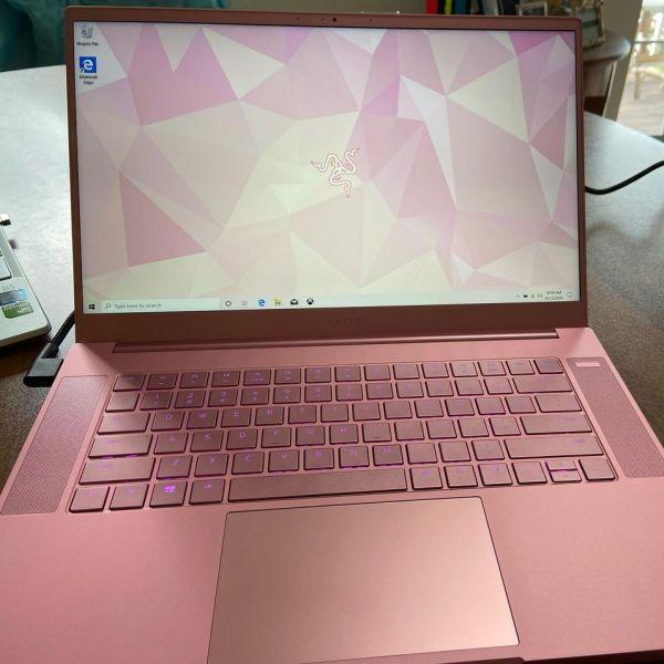 Razer Blade 15 Quartz 2020 Pink Gaming Laptop Review