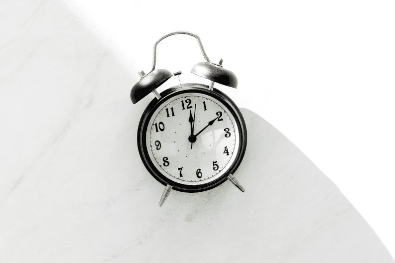 a black clock - best intermittent fasting for weight loss