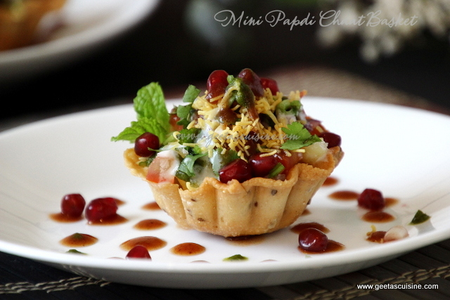 Papdi Chaat Basket