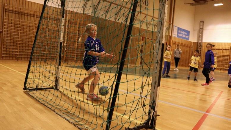 SPILLEMIDLER: Idretten på Tromøy er avhengig av inntekter. Statlige spillemidler kommer godt med. Foto: Esben Holm Eskelund