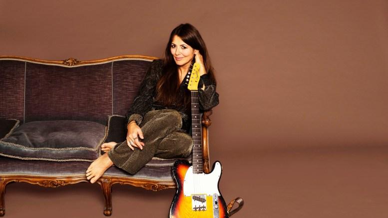 TIL TROMØY: Claudia Scott spiller konsert på Studio Spornes 1. juni. Pressefoto: Annette Larsen