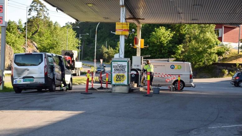 NYE PUMPER: Drivstoffpumpene på Shell på Færvik er byttet ut med nye. Foto: Esben Holm Eskelund