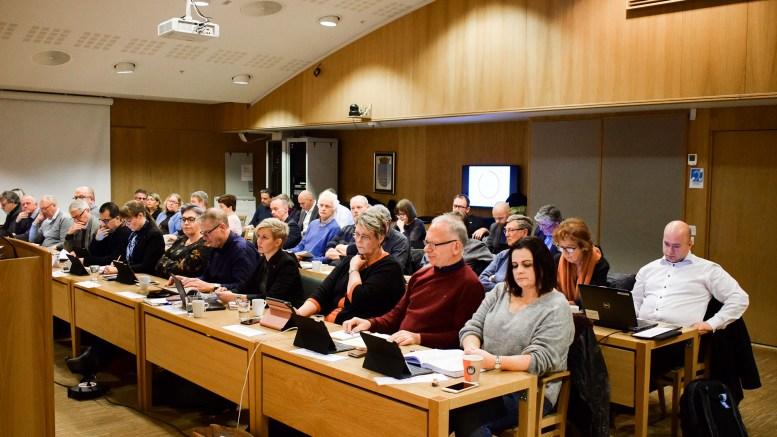 INN OG UT: Bystyret i Arendal skal velges på nytt neste år. To tromøynavn står på nominasjonskomiteens foreløpige listeforslag til valget for Arbeiderpartiet i Arendal. Arkivfoto