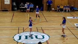 VANT OVER ØIF: Traumas jenter 15 vant over ØIF Arendal i Nedeneshallen i håndball. Foto: Per Christian Bekkvik