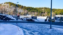 KRØGENES-TROMØYBROA: Arbeidene med ny fylkesveiadkomst til Tromøy er i gang på Krøgenes. Foto: Esben Holm Eskelund