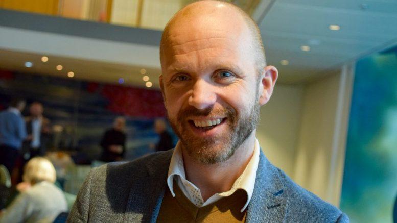 FRIVILLIGSENTRALEN: Kristoffer Lyngvi-Østerhus (H) er valgt inn i styret i Tromøy Frvilligsentral. Arkivfoto