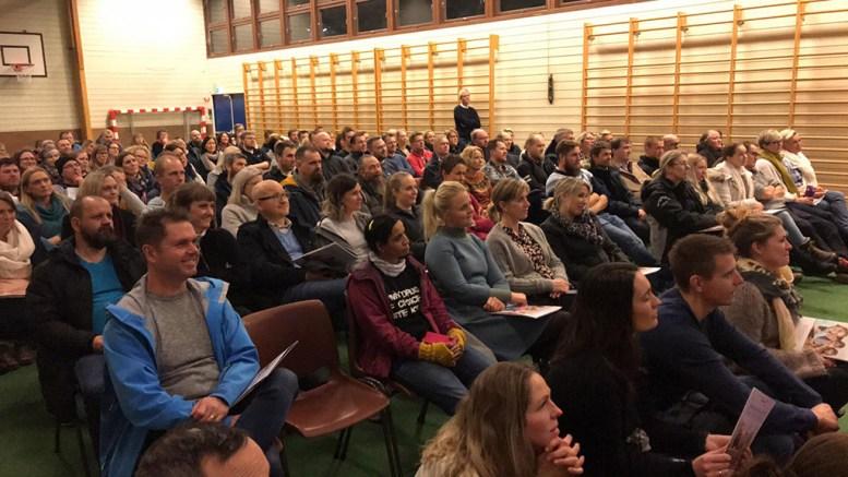 NYTT FORELDREMØTE: Foreldre og foresatte til elever ved Sandnes skole kalles inn til stormøte. Arkivfoto