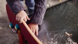 VELFERDSPROFITT: – En av de viktigste velferdstjenestene er gjennomsyret av store, kommersielle barnehageprofitører som tar ut stor profitt og man har tilnærmet ingen kunnskap om hvor mye av det som er ulovlig, skriver Aps ungdomskandidat Jelena Høegh-Omdal. Illustrasjonsfoto