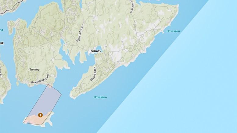 STRØMSTANS: Et område på Merdø og Katten på Tromøy mistet strømmen lørdag kveld, ifølge oversiktskartet fra Agder Energi Nett. Kart: aeanett.no/stromstans