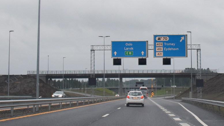 LOKAL BOM: Fylkesrådmannen mener fylkestinget ikke bør stenge for bomstasjon på lokalveinettet i Arendal om trafikklekkasjen fra nye E18 blir for stor. Foto: Esben Holm Eskelund