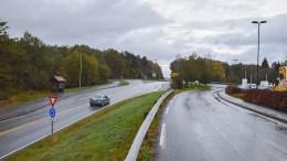 FARLIG KRYSSING: På strekningen mellom Holtet og Tromøytunet hevdes det at det er mye stygg kjøring hver dag, som gjør skoleveien utrygg. Foto: Esben Holm Eskelund