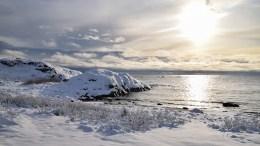 VINTERVÆR: Fra mandag ettermiddag kan det bli sludd og snø over vårt område. Her fra Spornes, Raet nasjonalpark 11. november i fjor. Foto: Esben Holm Eskelund