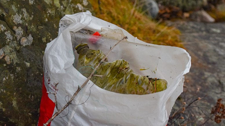 MARIN FORSØPLING: Kommende helg skal minst ett av sjøfuglreservatene finkjemmes for søppel. Foto: Esben Holm Eskelund