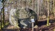 STEINEN: Den store steinen heter denne enorme rullesteinen. Foto: Esben Holm Eskelund