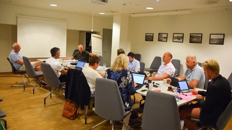 KONTROLLUTVALGET: Hove drifts- og utviklingsselskap fikk beskjed om å komme tilbake til utvalget i 2021 og legge frem en rapport om effekt av endringer i selskapet. Foto: Esben Holm Eskelund