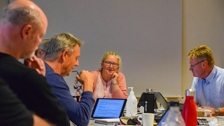 SKEPTISK: Milly Olimstad Grundesen (Sp) er ikke sikker på om det er lurt å flytte det offentlige ferjeanløpet på Skilsøy til Pusnes. Foto: Esben Holm Eskelund
