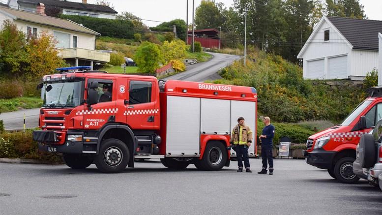 RYKKET PÅ BRANNALARM: Brannvesenet dukket opp på Tromøytunet da brannalarmen gikk torsdag ettermiddag. Foto: Esben Holm Eskelund