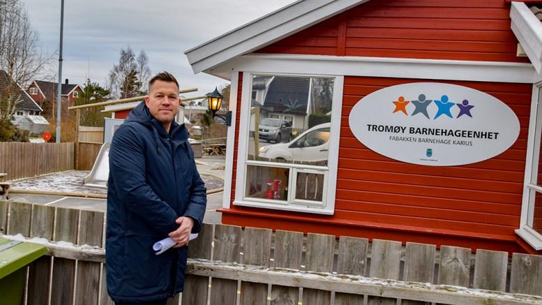 FRYKTER NEDLEGGELSE: Bystyrerepresentant Andreas Arff (Frp) mener kommunen må legge til rette for at lokalpatrioter kan overta Fabakken barnehage og få kommunal driftsstøtte om bystyret går til skrittet og fjerner det kommunale tilbudet fra østerenden av øya. Foto: Esben Holm Eskelund