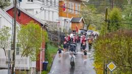 17. MAI-GLEDE: Sammen med drilljentene i Panthers Baton Twirling sørget Tromøy skolemusikkorps for å gi naboøya en skikkelig 17.mai-boost. Foto: Esben Holm Eskelund