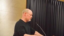FIKK FLERTALL: Einar Krafft Myhren (SV) fikk bystyrets flertall med seg på at rådmannen gjennom kommunens jussnettverk skal gjennomføre en vurdering av et punkt i HDUs selskapsvedtekter knyttet til avtaler. Arkivfoto