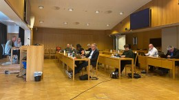 SVØMMEANLEGG: Politikerne i formannskapet mener bystyret må gi rådmannen fullmakt til å starte badelandforhandlinger med Arendal Fossekompani om leie i et nytt badeland ved Tromøysund. Foto: Esben Holm Eskelund