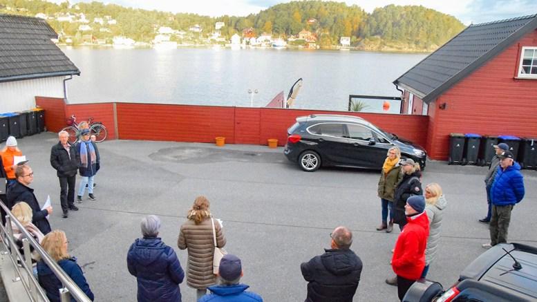 FLERE SJØBODER: Det er ulike oppfatninger av hvor mange sjøboder det er plass til langs Nordstrand på Kongshavn. Kommunedirektøren mener taket er nådd. Foto: Esben Holm Eskelund