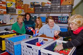 Even rondkijken bij de Voedselbank Geldrop-Mierlo-Heeze 2013