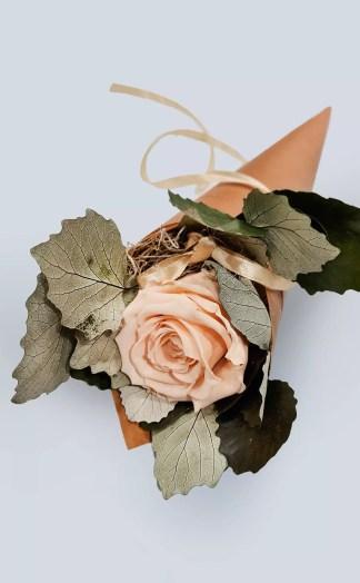 Sausų gėlių kompozicija