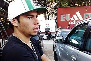 Rodolfo, do Lokomotiv, faz coro com Zico e reclama do racismo no futebol russo