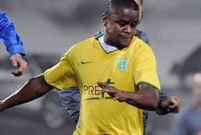 Adauto é vítima de insultos racistas no futebol eslovaco