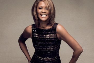 Whitney Houston adia concerto em Paris